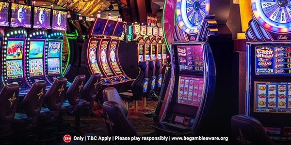 What-should-be-your-choice-Standard-or-progressive-slots-2